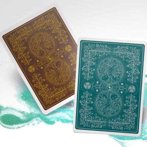 Cover-green-man-playingcards-jocu